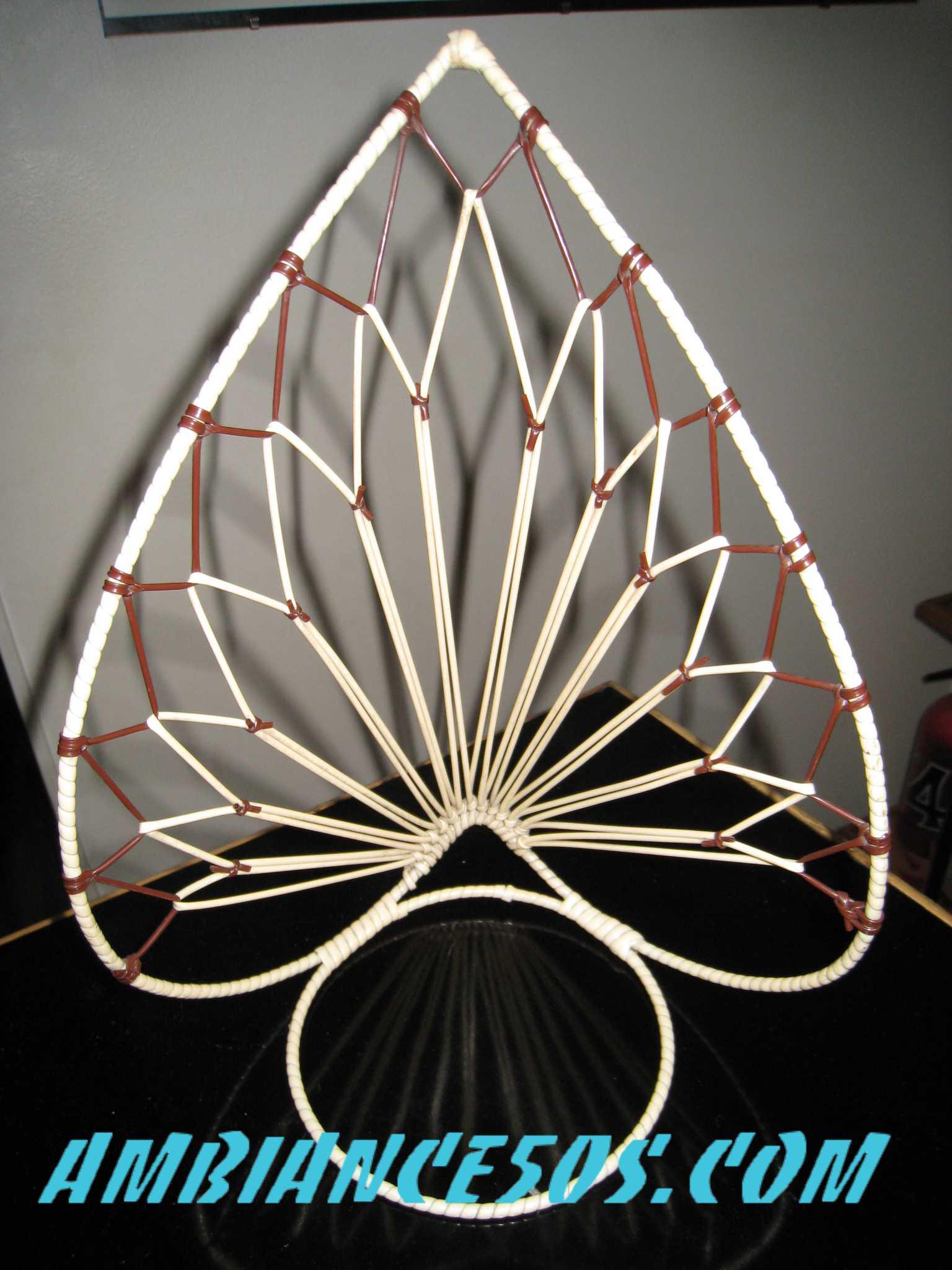 porte plante mural id e inspirante pour la conception de la maison. Black Bedroom Furniture Sets. Home Design Ideas