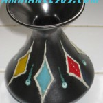 vase noir losanges 4 couleurs.2