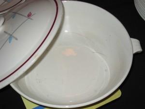 service vaisselle bleu et rouge.1