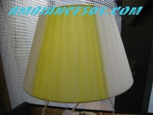 lampe fer blanc abat jour jaune blanc.2